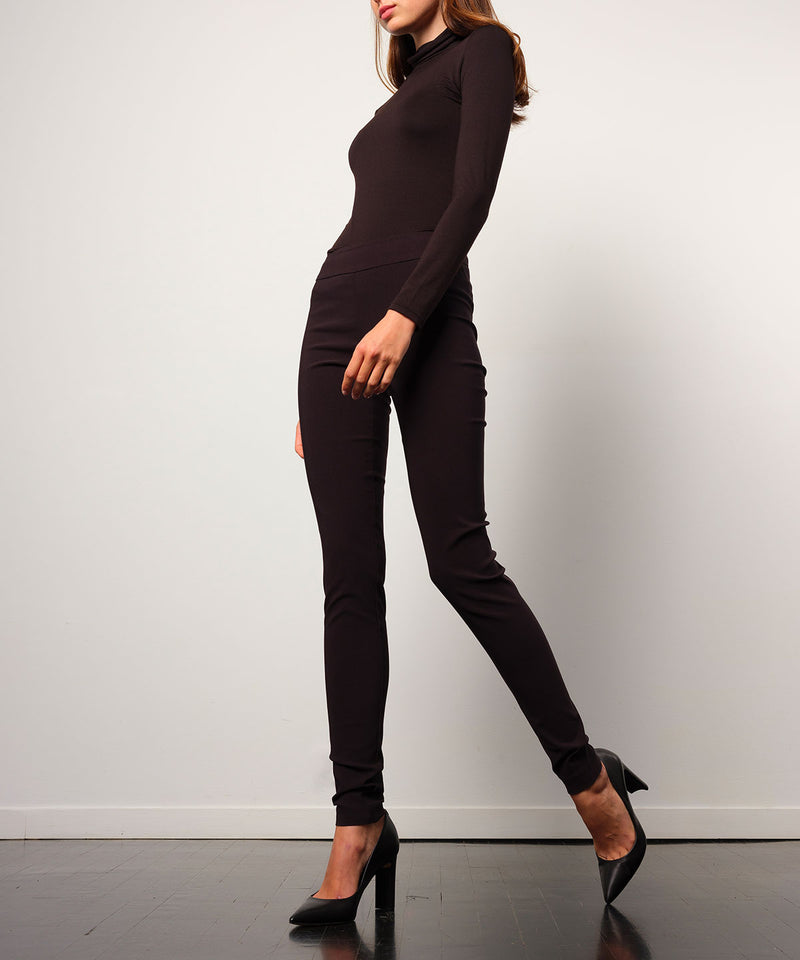 PULL ON SKINNY Signature Black - AVENUE MONTAIGNE