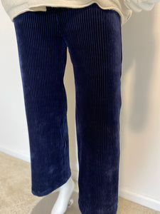 Avenue Montaigne Navy Cropped Corduroy Pant