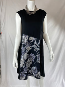 NY77 Short Black Dress with Flowers