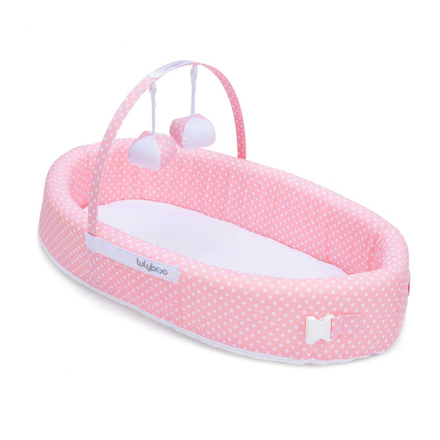 bassinet to go - toy bar
