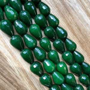 Natural Emeralds Jade Smooth Beads, Emerald Jade 12x16 mm Drops Shape Beads