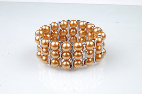 N-206: 3 Row Glass Pearl Bracelet