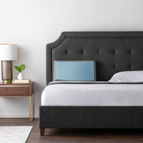 CARBONCOOL® + OMNIPHASE® LT PILLOW - Shop Wellsville Mattresses, pillows, bedding & bedroom accessories