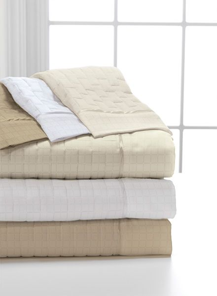 Dreamfit Degree 6 Quilted Sheets comes in 3 colors