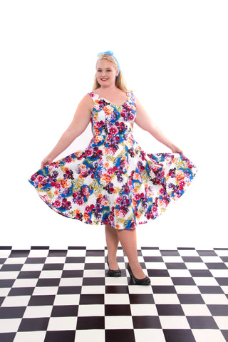 50'S GEORGINA FLORAL SWING DRESS BY HEARTS & ROSES LONDON PLUS SIZE
