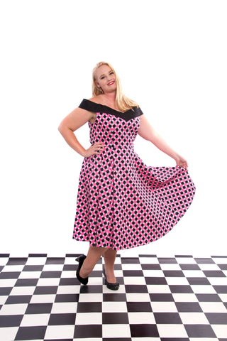 50'S DOLORES BLACK PINK POLKA DOT V DRESS BY HEARTS & ROSES LONDON PLUS SIZE