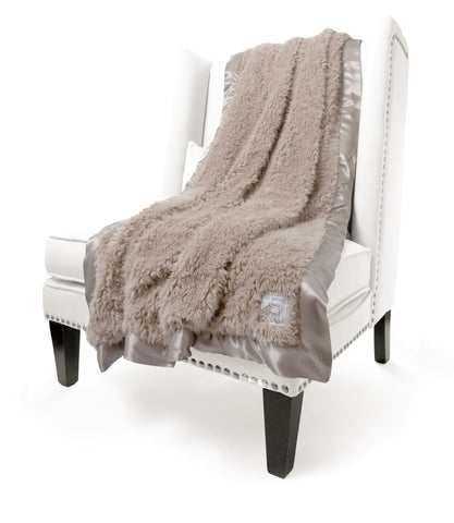 Little Giraffe Bella Plush Throw | Tan