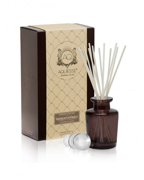 Sandalwood Vanille · Apothecary Reed Diffuser