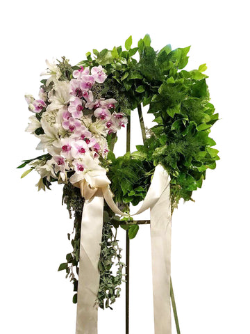 Circle of Life Standing Wreath - RSVP Style