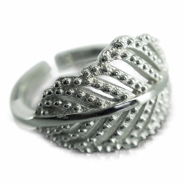 Sterling Silver Rings - Silver Leaf Ring (104) from Evulfi and truly gorgeous!