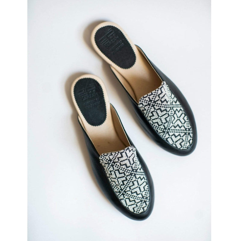 Darzah Mules Black and White Tatreez Mule