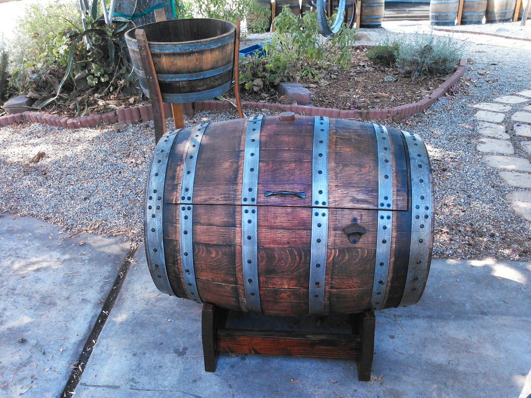 Wine Barrel Ice Chest - closed