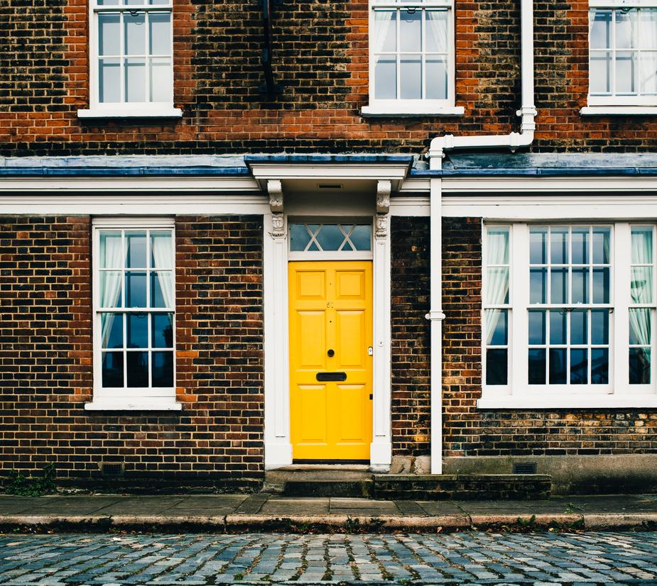 yellow door in sock subscription