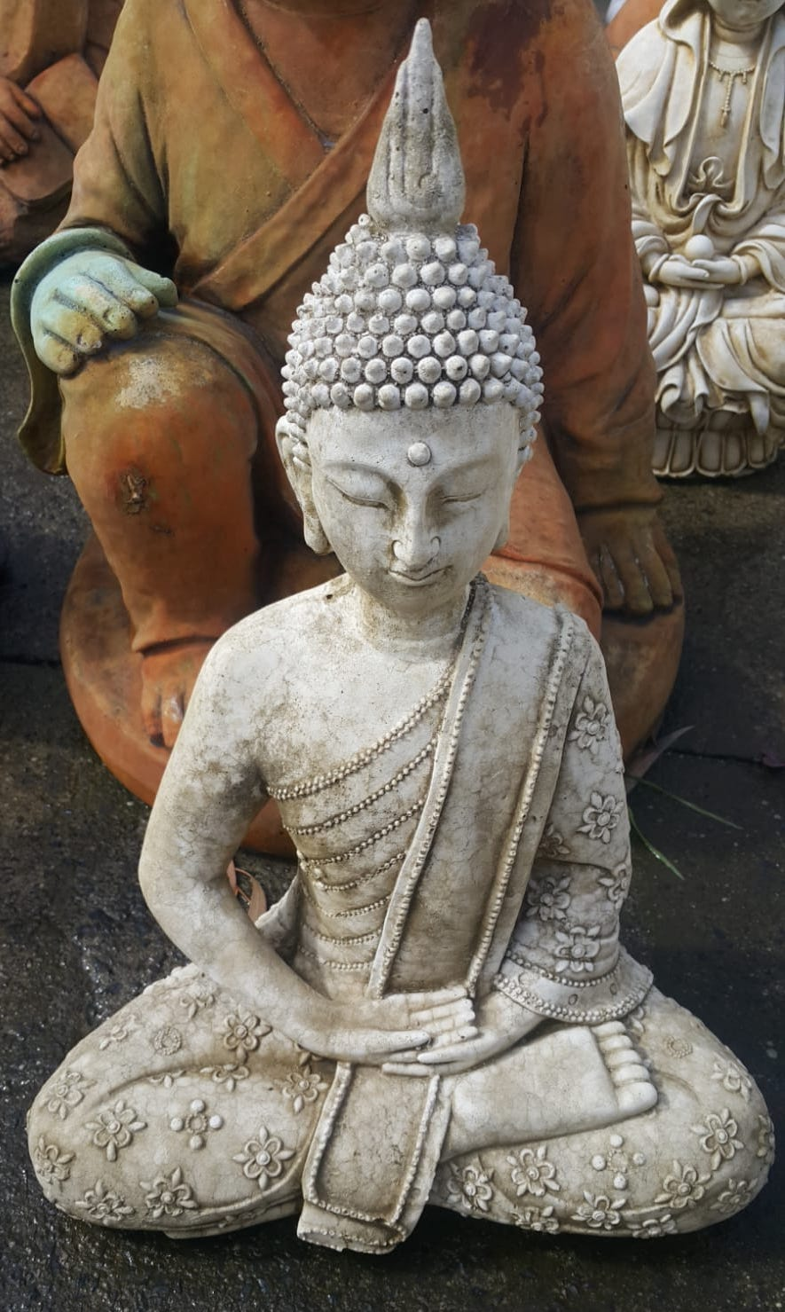 Small Fancy Buddha Concrete