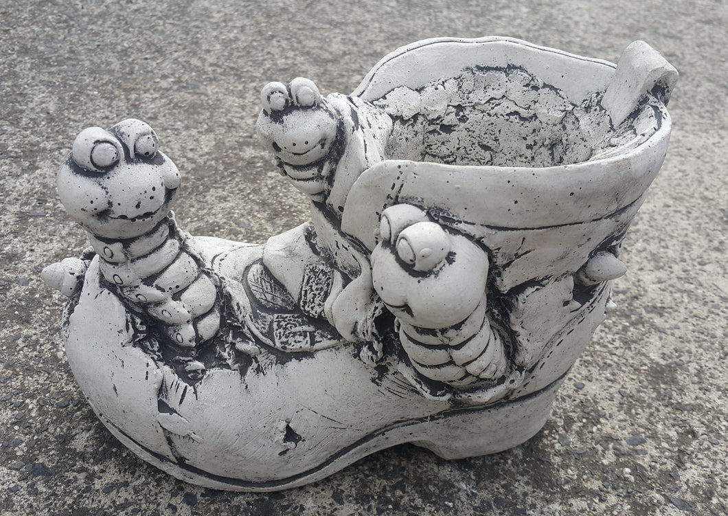 Frogs on Shoe/Boot Concrete