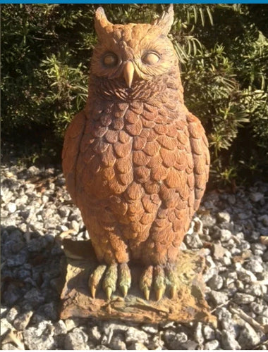 Large Sitting Owl Concrete