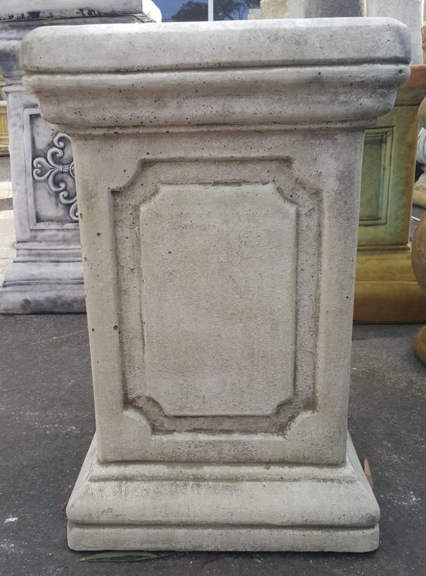 Small Jefferson Pedestal