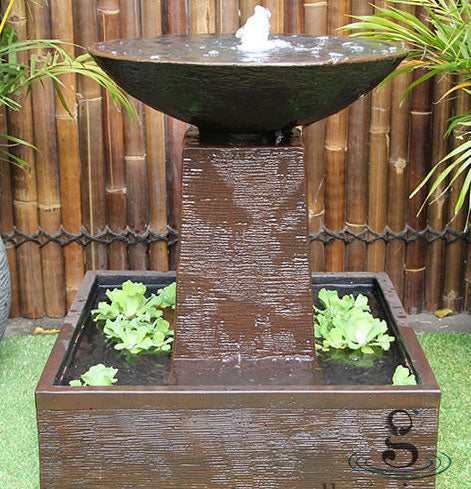 Aquarius Fountain – Medium Concrete GRC