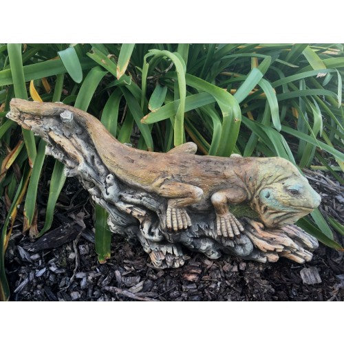 55cm Lizard on Log Fiberglass