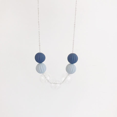 藍色玻璃珠頸鏈 Navy Blue Glass Ball Necklace