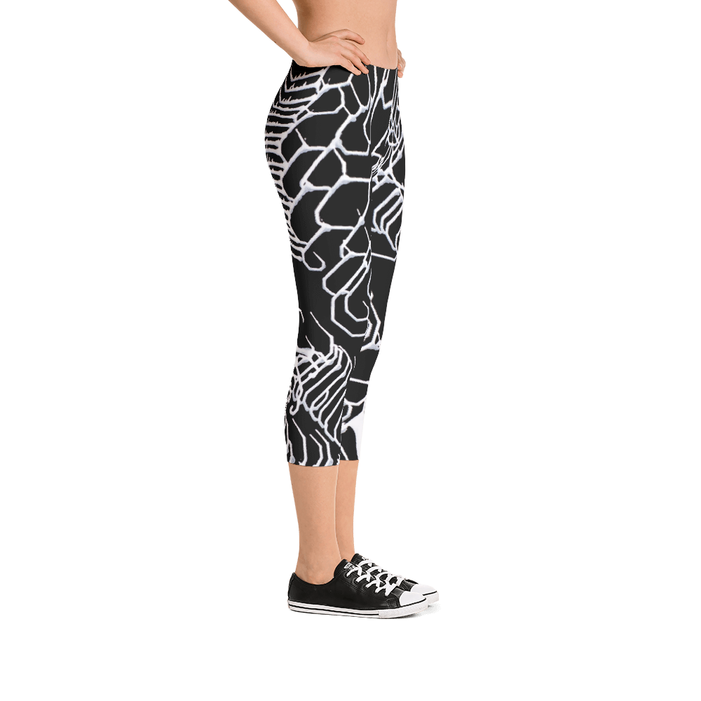 Vibratory Elemental Capri Leggings