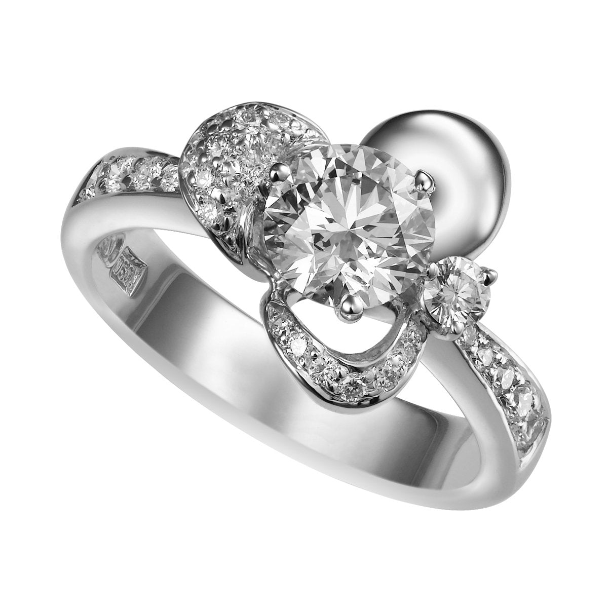 Leora diamond ring