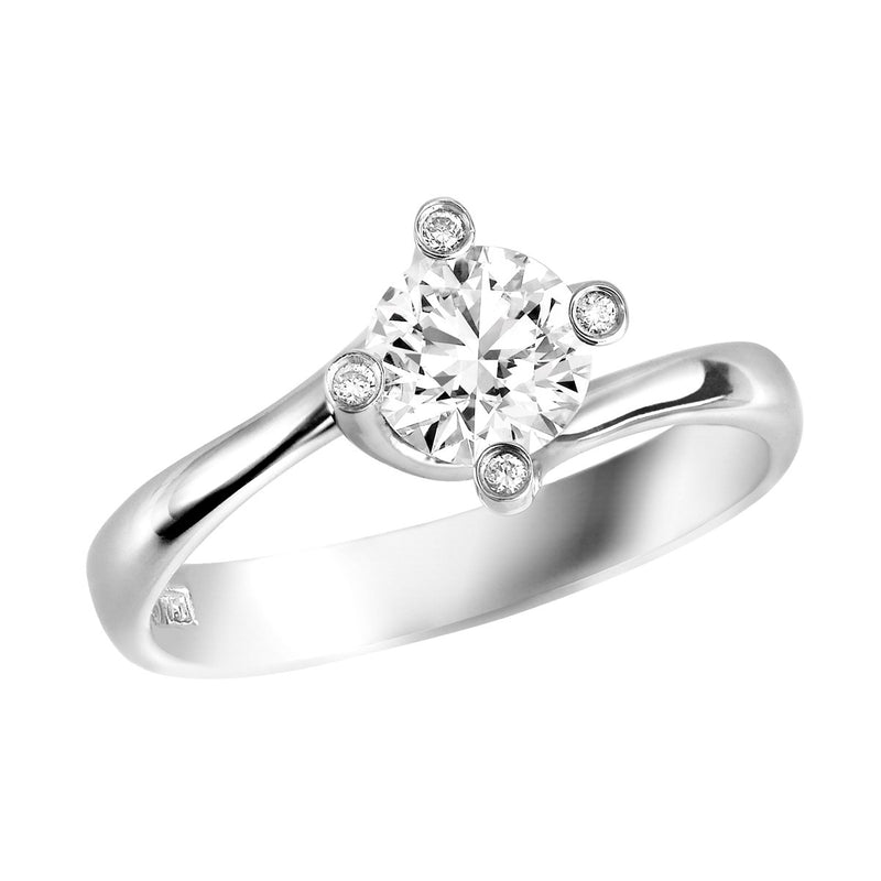 Romanza diamond solitaire ring