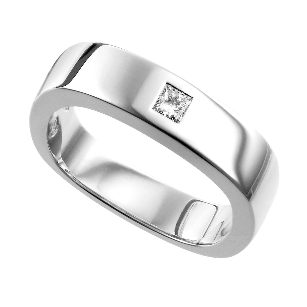 Quadri ring with princess cut diamond