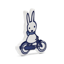 Magnet Miffy on bike