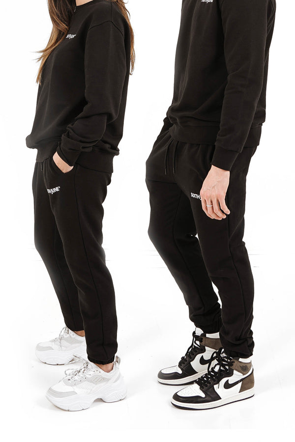 Soft embroidered logo joggers black