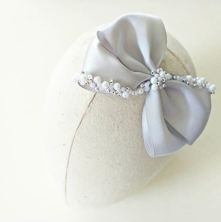 'Pearls are always appropriate' Hair Clip