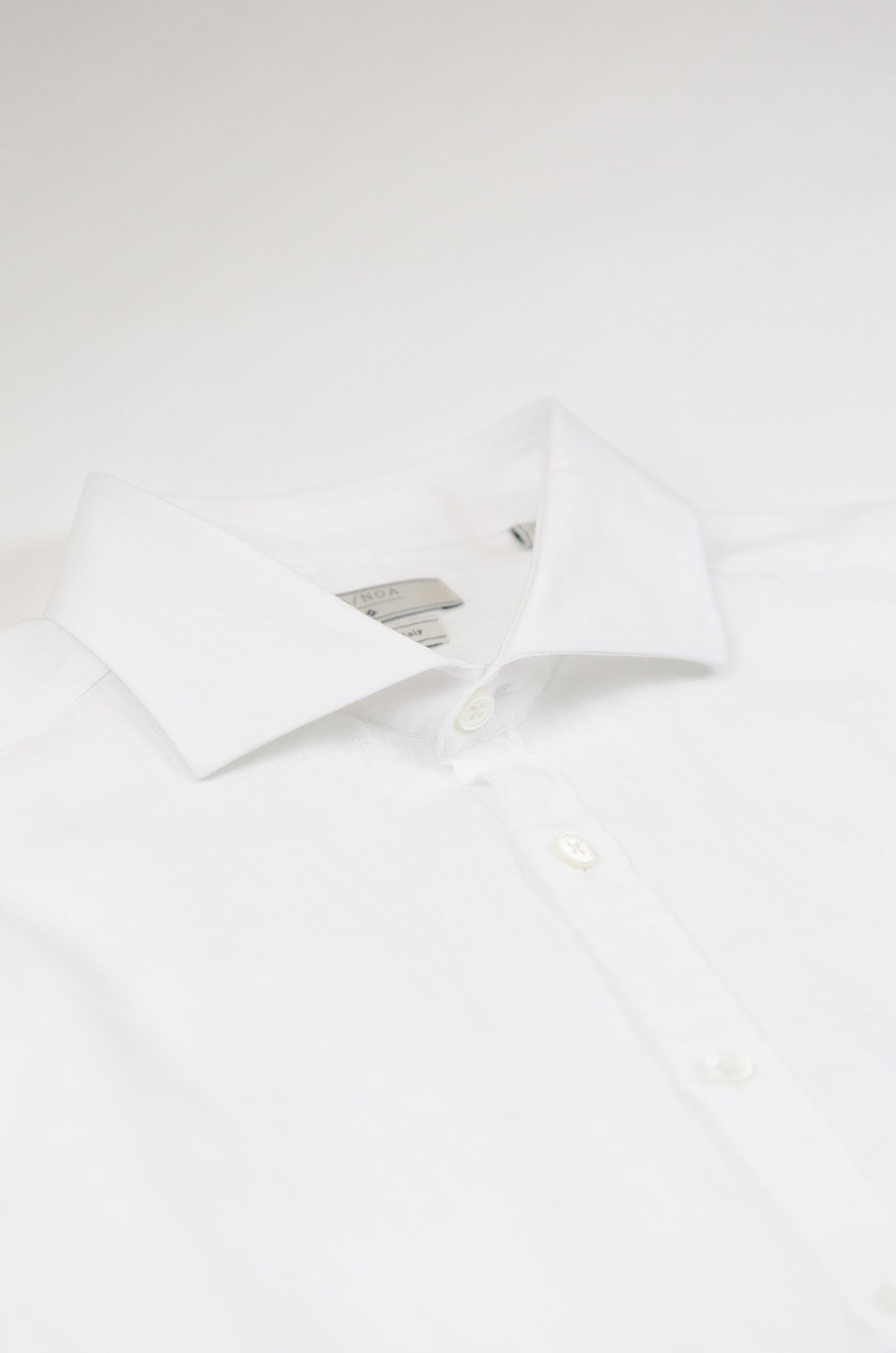Clodoveu Golden Linen Shirt (white)