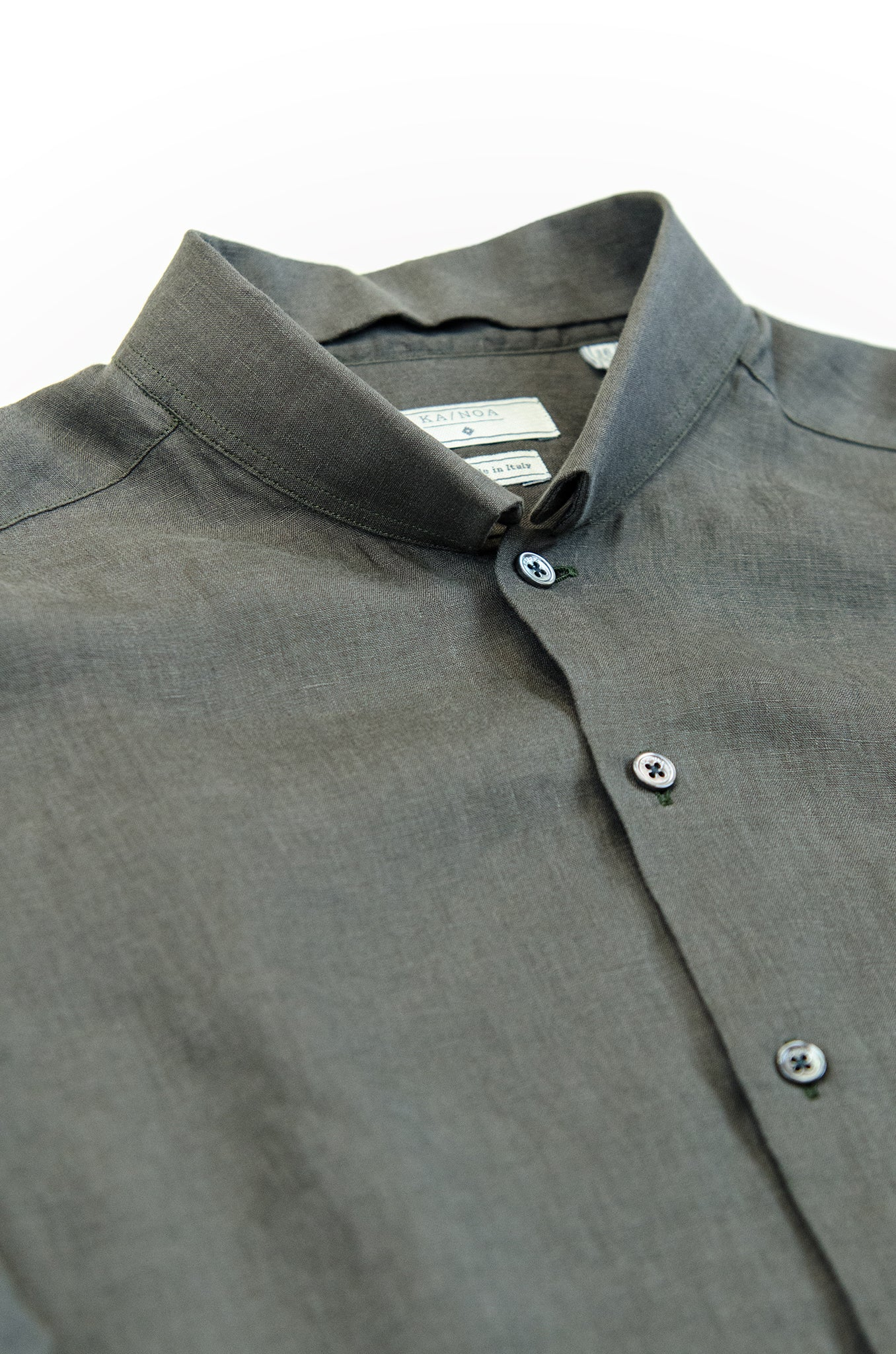Conrad golden linen shirt (old green)