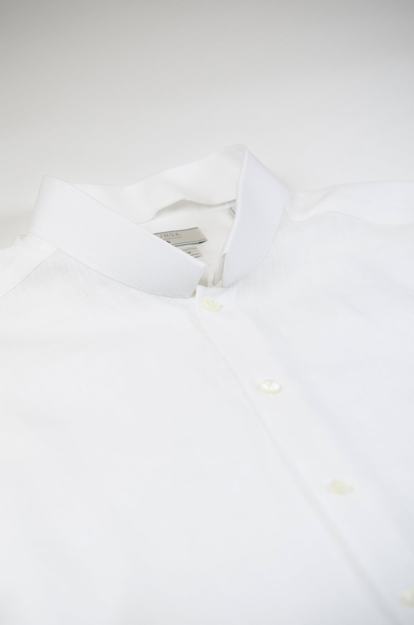 Conrad Golden Linen shirt (ice white)