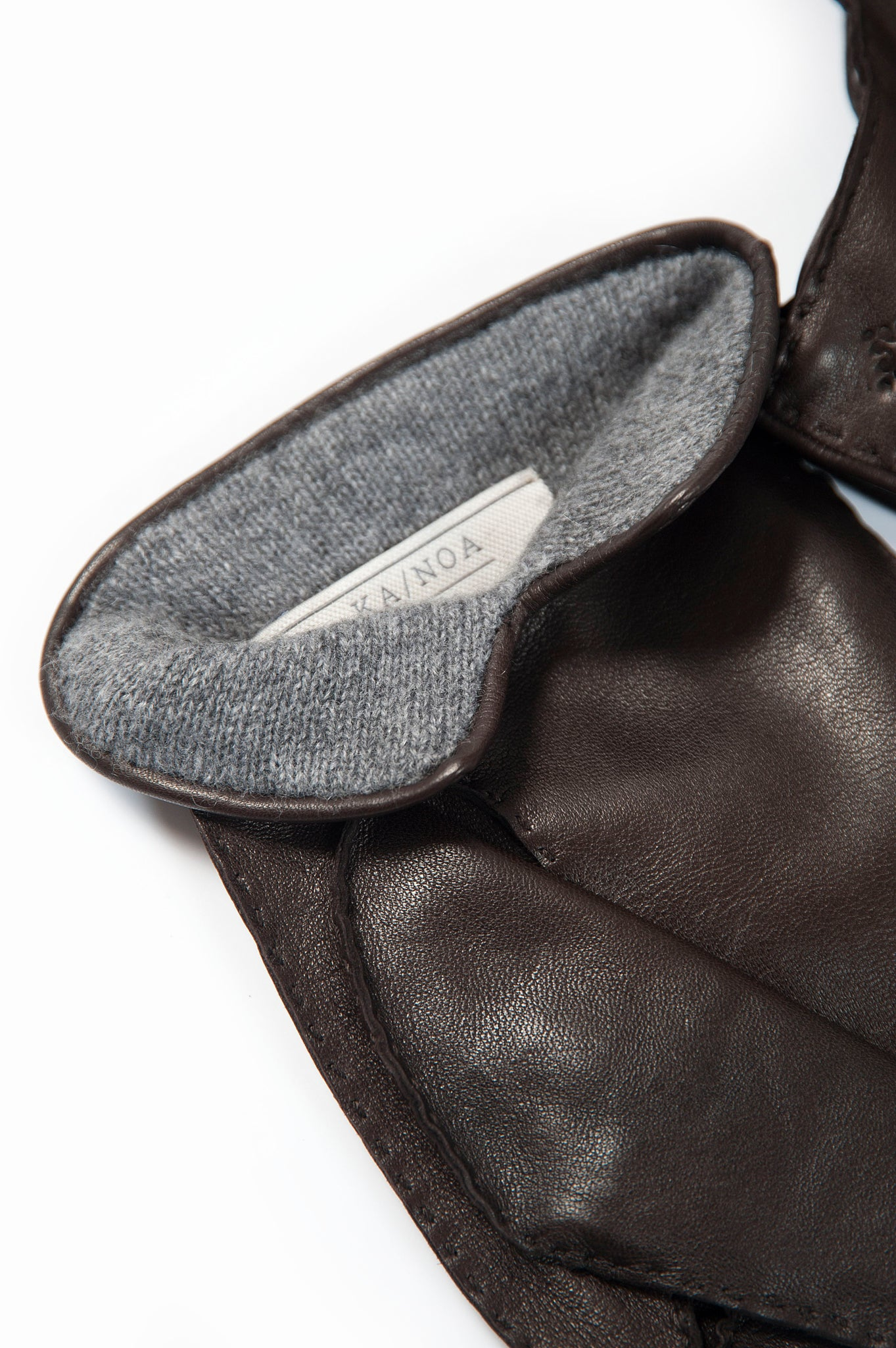 Paul 100% Soft Nappa Leather and Interior in Cashmere Gloves (black)