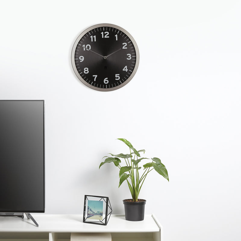 Umbra Anytime Clock