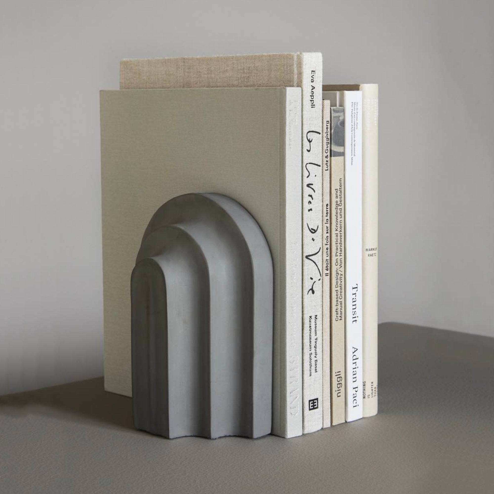 Woud Arkiv Bookend , Grey Concrete