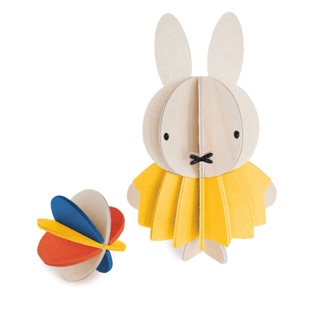 Lovi DIY Wooden Card . Miffy & Ball
