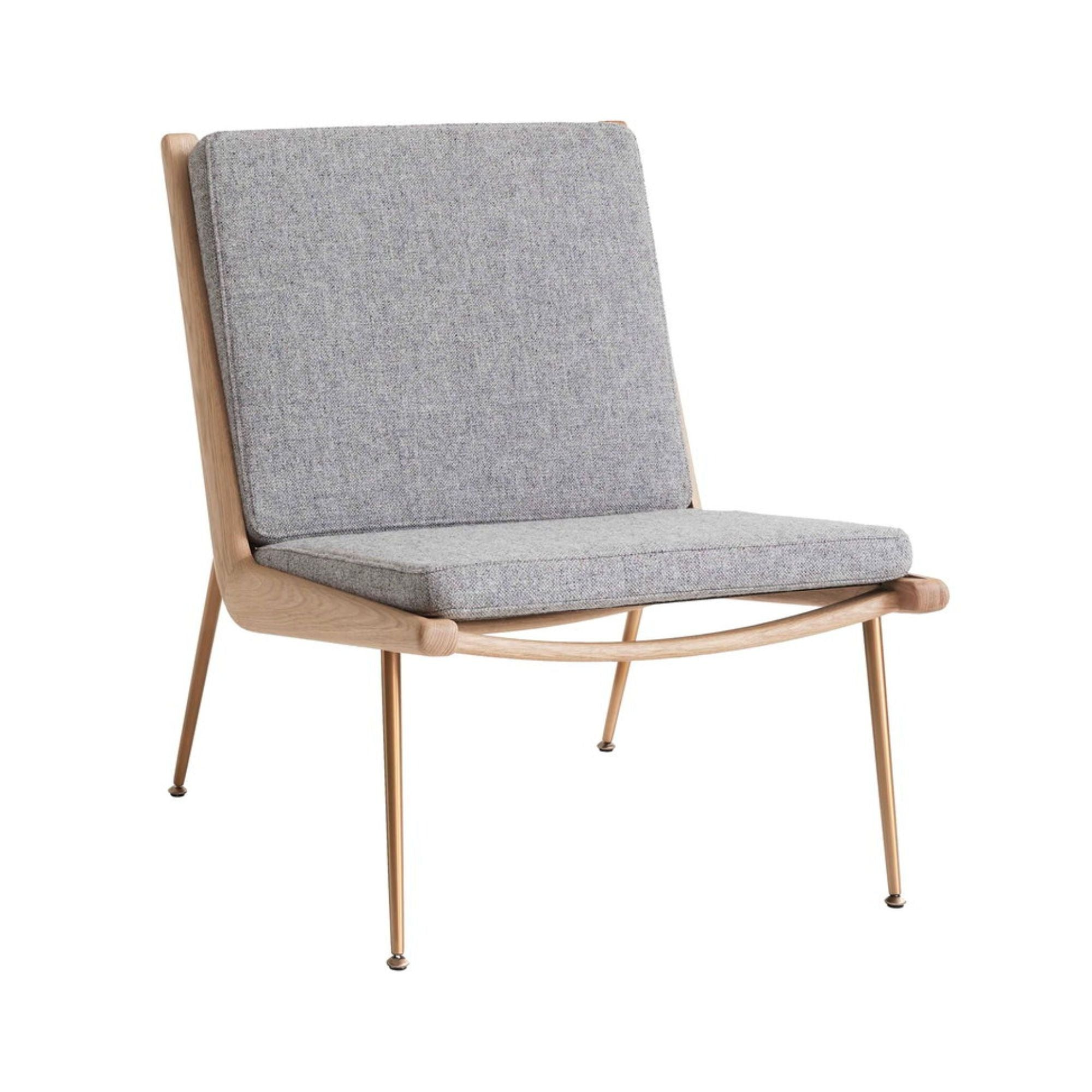 &Tradition HM1 Boomerang Lounge Chair , Hallindal 130-White Oiled Oak