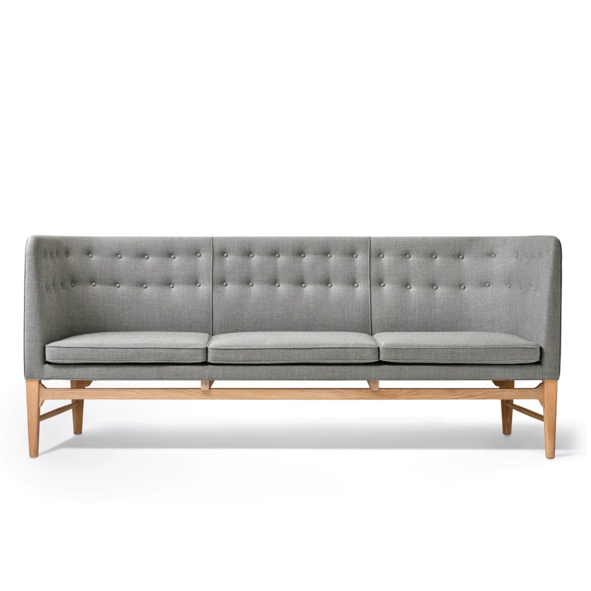 AJ5 Mayor Three Seater Sofa, white oak - Hallingdal 130