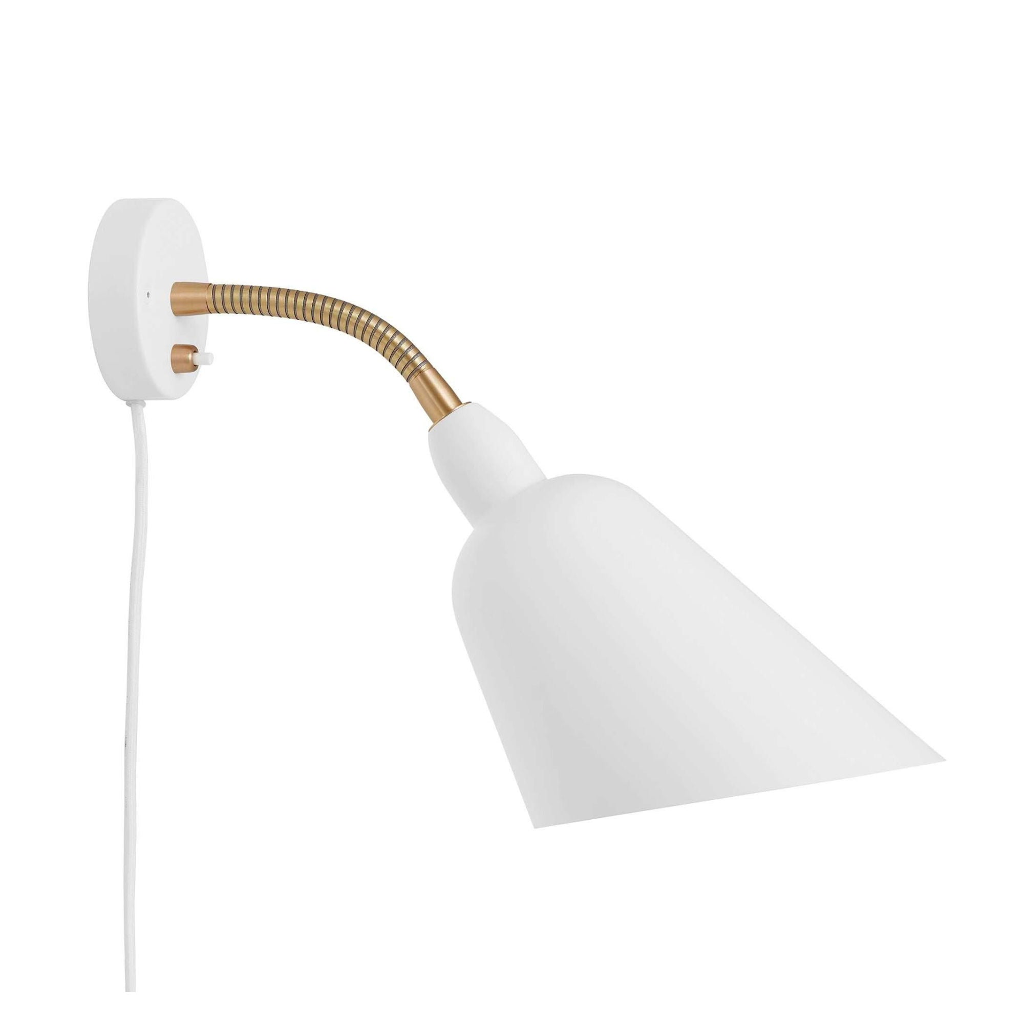 AJ9 Bellevue wall lamp, white - brass