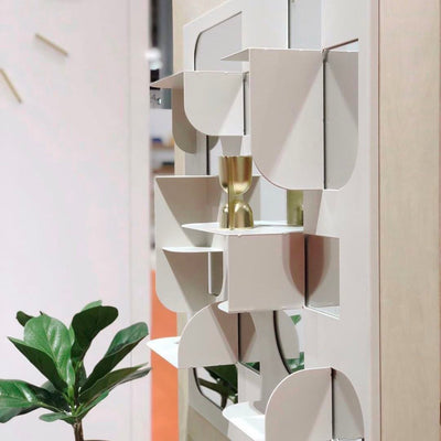 Umbra Bend Shelf