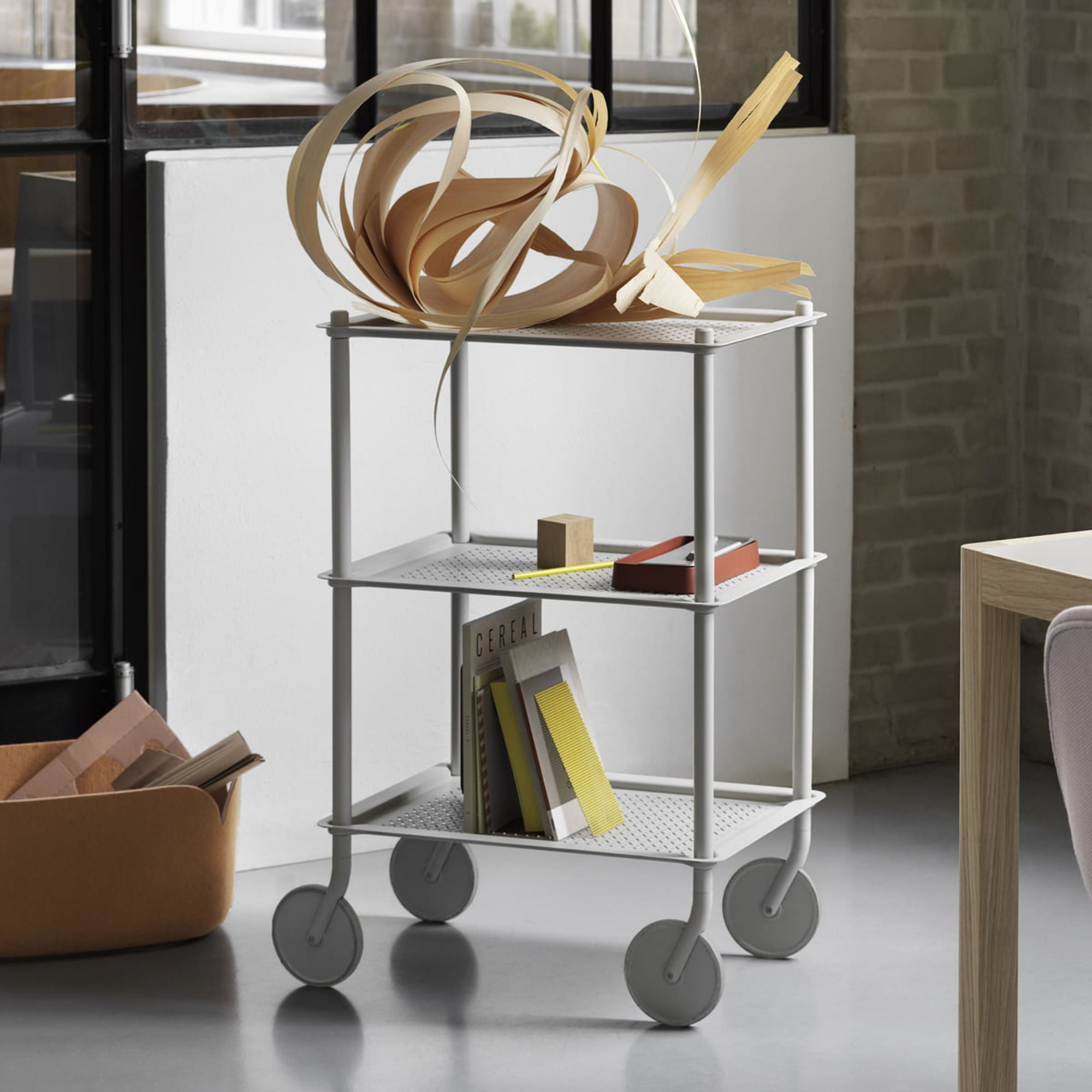 Muuto Flow Trolley 3-Layer , Grey
