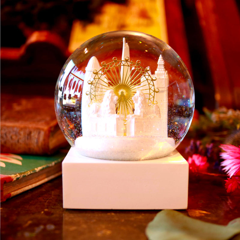 Cool Snow Globes London Snow Globe