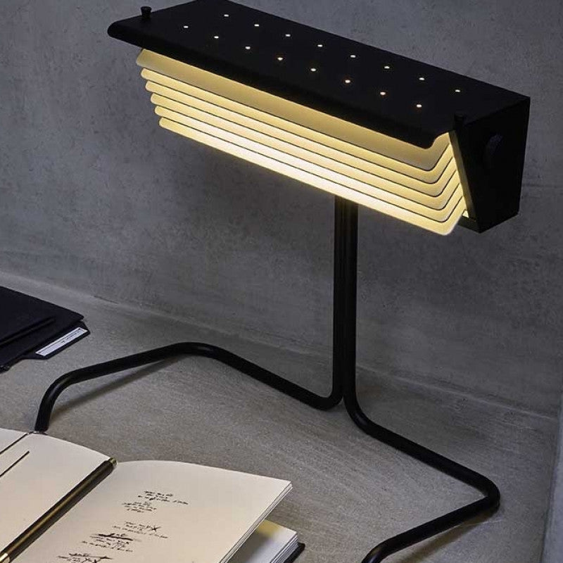 DCW Biny Table Lamp