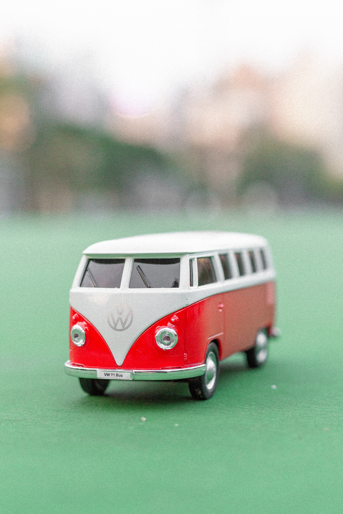 Volkswagen VW T1 Bus 1:20 Bluetooth Speaker