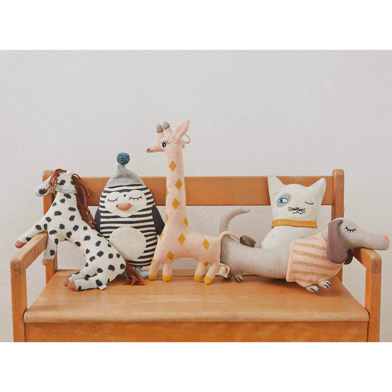 OYOY Baby Bob Penguin darling cushion , off white-black