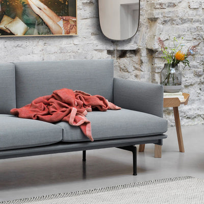 Muuto Outline sofa, 2-seater, fiord 151, black steel leg