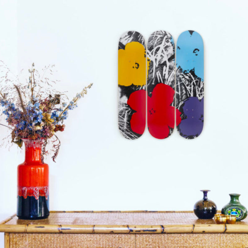 The Skateroom skateboard, Andy Warhol Flowers Grey Red