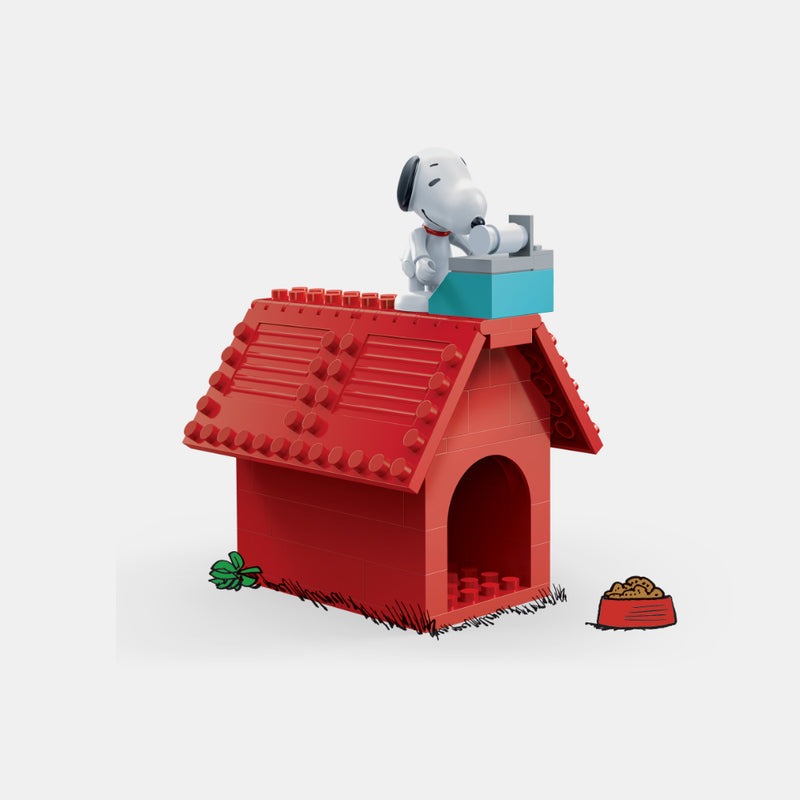 Snoopy Classic Red House